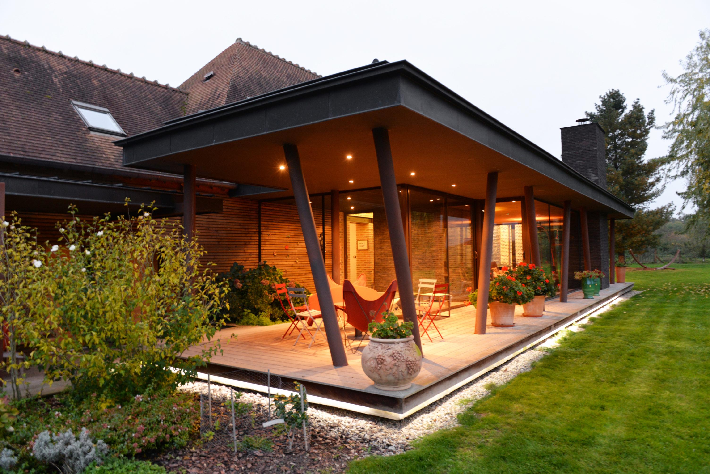 Cr ation d 39 une extension pour une maison bourbonnaise for Extension verre et acier